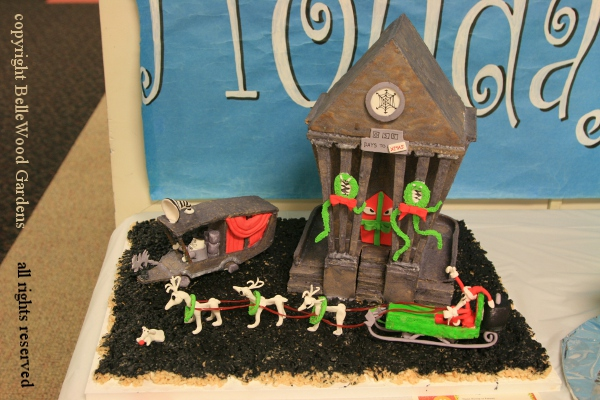 bellewood gardens diary - Nightmare Before Christmas Gingerbread House